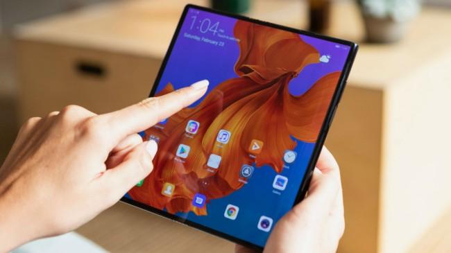 Bu akıllı telefonlar ekran boyutları ile göz dolduruyor!